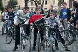 """У Львові пройшов масовий велопробіг """"День без автомобіля"""" (ФОТО)"""