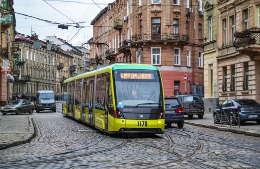 Львівські трамваї припинили курсувати містом