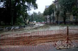 Сусідню з площею св. Юра вулицю Устіяновича мають відремонтувати до кінця жовтня (ФОТО)