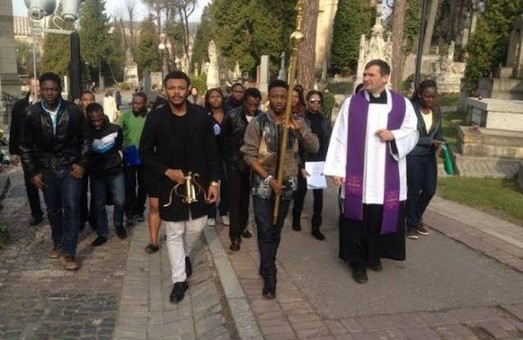 До Дня усіх святих студенти із Африки помоляться у Львові за померлих