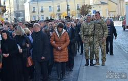У Львові попрощалися із загиблим на Сході викладачем Володимиром Трушем (ФОТО)