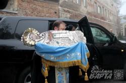 До Львова привезли чудодійну ікону Плащаниці Пресвятої Богородиці з Єрусалиму (ФОТО, РОЗКЛАД)