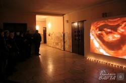 """У львівському театрі до річниці Голодомору влаштували тематичну інсталяцію """"НЕ ВРОДИЛО?!"""" (ФОТО)"""