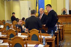 Депутати Львівської міськради до вечора сперечалися за склад комісій (ФОТО)