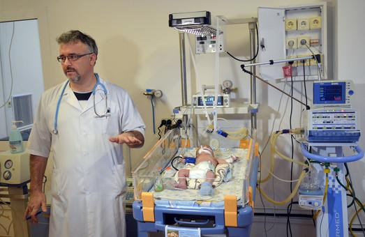 Львівській дитячій клінічній лікарні передали медобладнання від благодійного пробігу «З вірою в серці» (ФОТО)