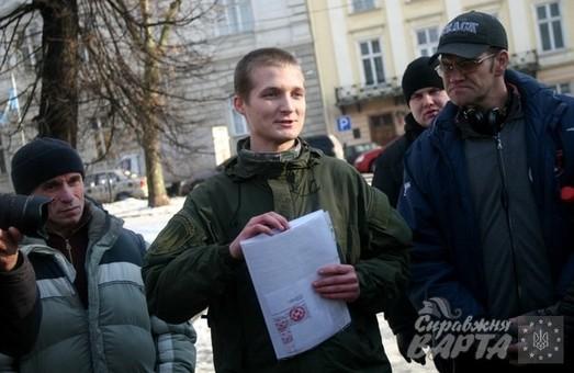 У Львові бійці добровольчих батальйонів вийшли на акцію підтримки своїх затриманих побратимів (ФОТО)