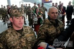 У львівському аеропорту вшанували пам`ять загиблих у Донецьку кіборгів (ФОТО)
