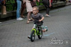 """У Львові відбувся дитячий велопробіг """"Малеча на роверах"""" (ФОТО)"""