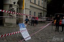 Під стінами львівської ратуші пікет проти незаконних забудов (ФОТО)