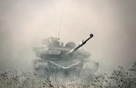 Люди кинулися обговорювати фотографію танка на сторінці Полторака