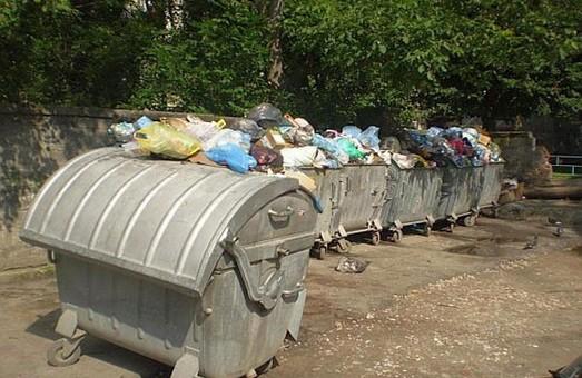 Мер Львова пообіцяв прибрати сміття за понеділок-вівторок