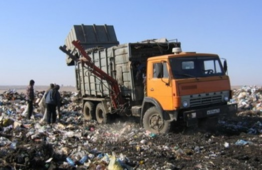 Львів і далі буде викидати своє сміття у сусідські «сади»