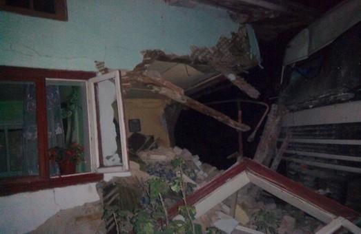 У Львівській області фура розтрощила будинок