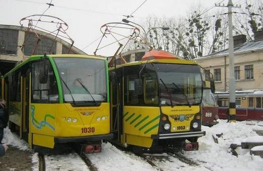 У Львові обкатують капітально відновлений чеський трамвай