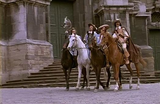 Чому у Порошенка вимагають заборонити фільм «Д'артаньян і три мушкетери»?