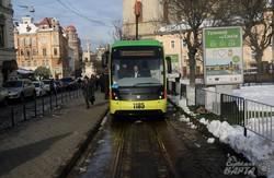 У Львові припинили їздити трамваї на Сихів