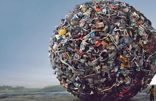 Садовий розповів, за які гроші львівське сміття подорожує Україною