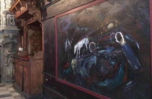 У львівській каплиці Боїмів експонують картину «Голодомор»