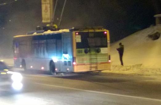 Як у Львові мало не згорів тролейбус (ФОТО)