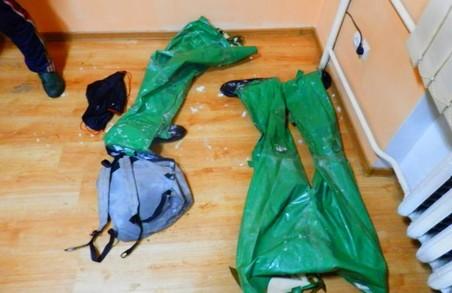 На Закарпатті прикордонники затримали двох правопорушників у гідрокостюмах