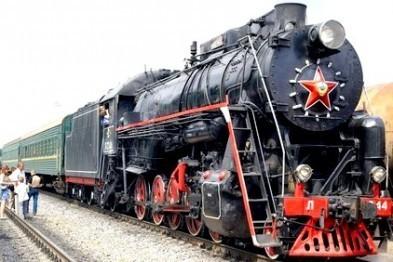 На час зимових свят у Львові курсуватиме ретро-потяг