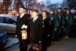 У Львові відбулась передача Вифлеємського вогню миру місту (ФОТО)