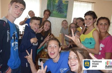Переселенці з Криму організують мовний табір у Львові