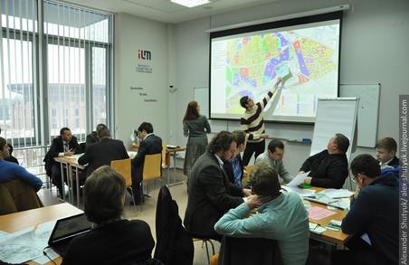 Склади між головним і приміським вокзалами Львова мають ліквідувати - експерти