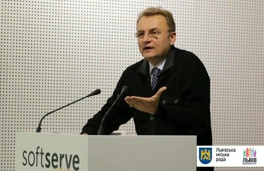 """""""За останні два тижні  було арештовано 17 машин, які вивозять львівське сміття"""", - Садовий"""