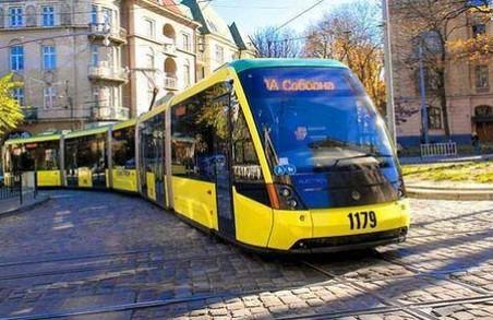 «1 січня громадський транспорт працюватиме», - В.Щир