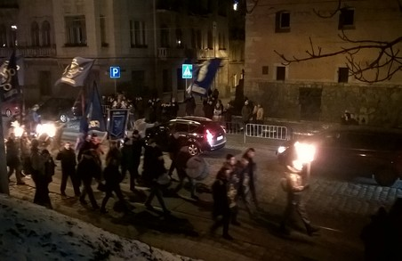 Вулицями Львова пройшла смолоскипна хода (ФОТО, ВІДЕО)