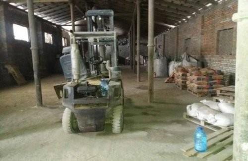 На Львівщині викрили підпільний цех з виготовлення цементу