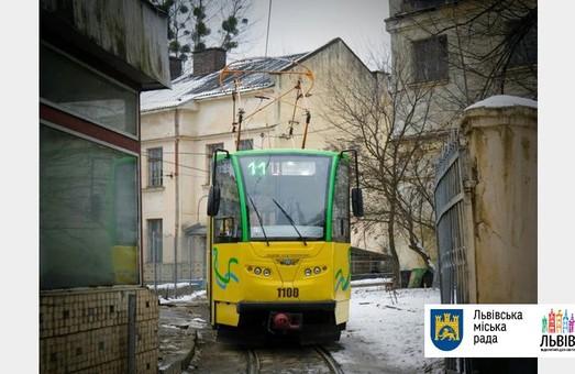Львів'яни обкатали новенький трамвай