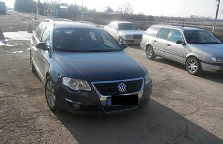 Автомобіль з міжнародного розшуку затримали на закарпатському кордоні