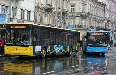 У Львові хочуть запровадити штраф за неякісне перевезення пасажирів у маршрутках
