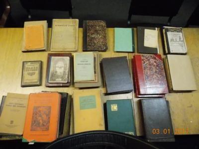 Львів'янин намагався вивезти за кордон старовинні книги