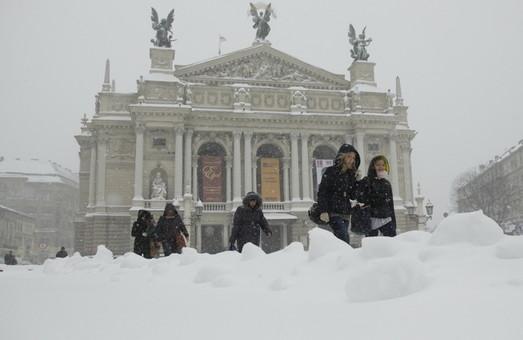 На час морозів і хуртовин у Львові відкриють більше пунктів обігріву (АДРЕСИ)