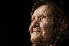 Львівські поліцейські попіклувалися про бабусю