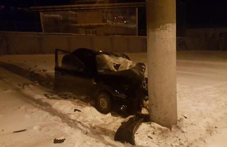 У Львові вщент розбився Daewoo Lanos, є постраждалі