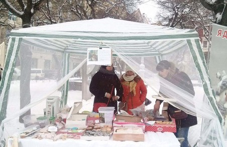 У центрі Львова організували благодійний ярмарок (ФОТО)