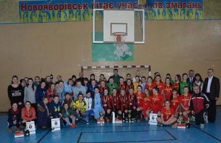 На Всеукраїнському турнірі з міні-футболу перемогу здобули львівські спортсменки