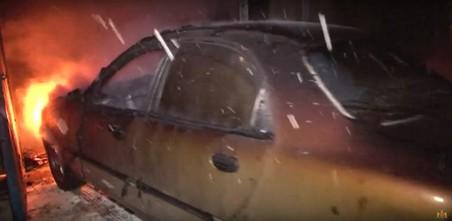 Львівські рятувальники ліквідували пожежу в гаражі