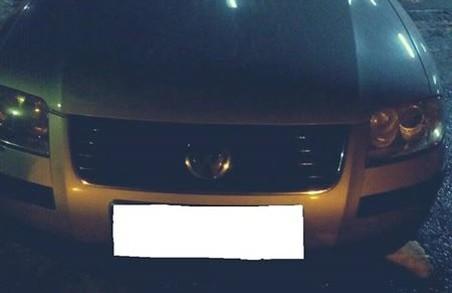 Знайшовся: закарпатські прикордонники зупинили автомобіль, що 12 років у розшуці