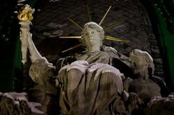 Найвідоміша статуя міста Лева засяяла (ФОТО)