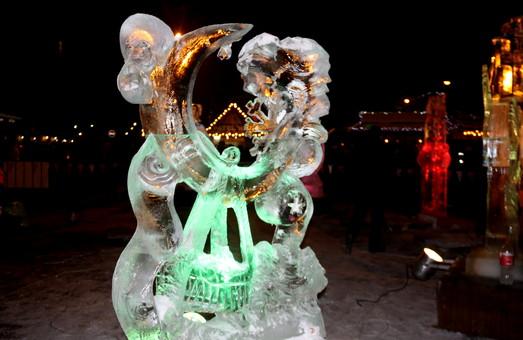 На конкурсі скульптур у Львові перемогла крижана колискова (ФОТО)