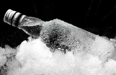 По горілку як на сповідь: від початку року на Львівщині чоловік викрав 24 пляшки горілки