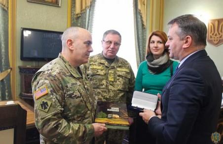 Голова Львівської облдержадміністрації зустрівся з американським полковником у Львові