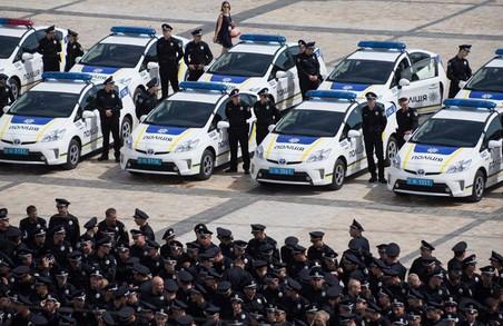 Патрульні Львова відтиснулись 22 рази на підтримку ветеранів (ВІДЕО)
