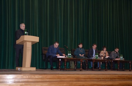 У Львові представники влади зустрілися із членами родин Героїв Небесної Сотні та учасниками Революції Гідності