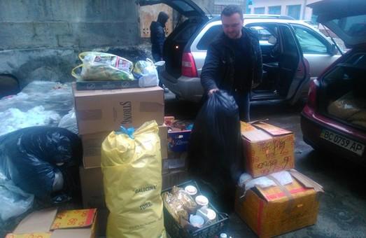 Зі Львова в Авдіївку вирушила перша партія допомоги (ФОТО)